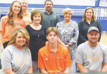 Files signs with Hendrix College
